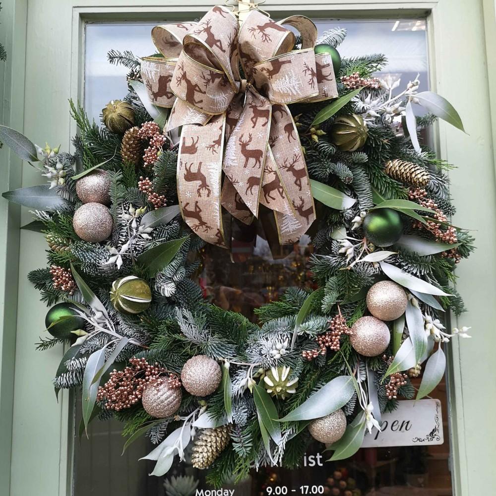 Frosty Christmas Wreath