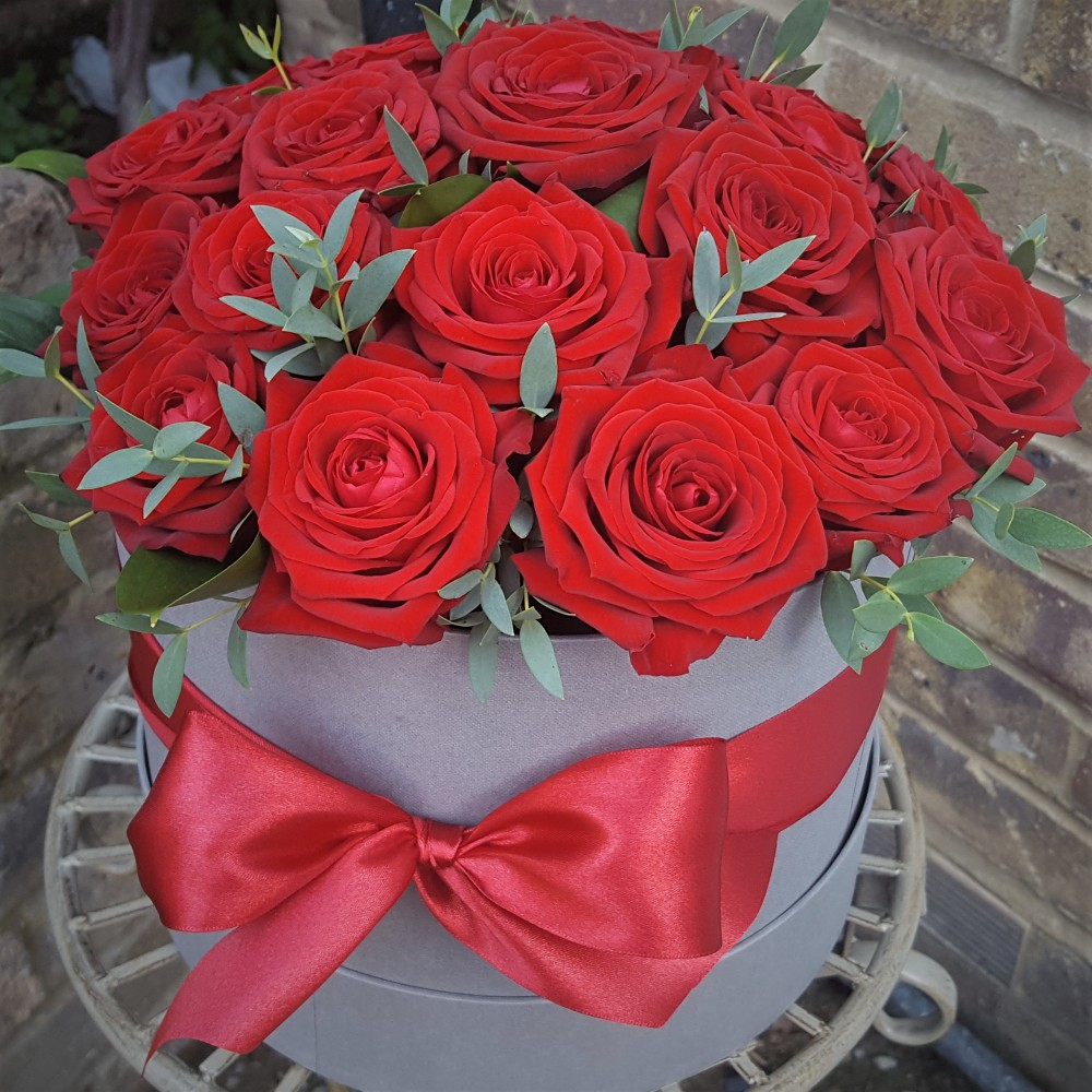 Red Rose Hat Box